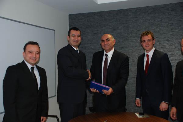 Manas Üniversitesi ve Türk Telekom Arasında Uzaktan Eğitim Altyapı Sisteminin Kullanımına ilişkin anlaşma